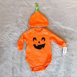 NWT Carter's Baby Halloween Pumpkin Bodysuit & Hat